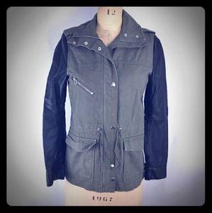 *Like New* H&M Utility Jacket 🤞